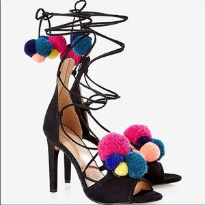 Express lace up pom pom heels NWT!⭐️